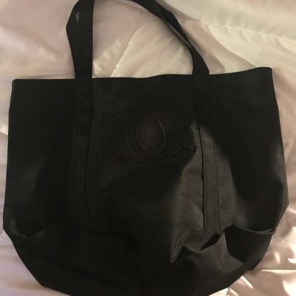 CHANEL Bags   Authentic Vip Tote Bag New   Poshmark 7d8431acb8